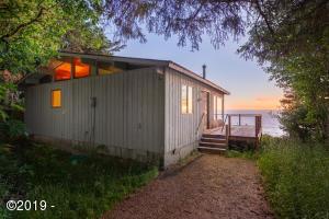 42390 Horizon View, Neskowin, OR 97149 - Exterior at Sunset