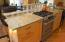 2810 NE Harney St, Newport, OR 97365 - Kitchen