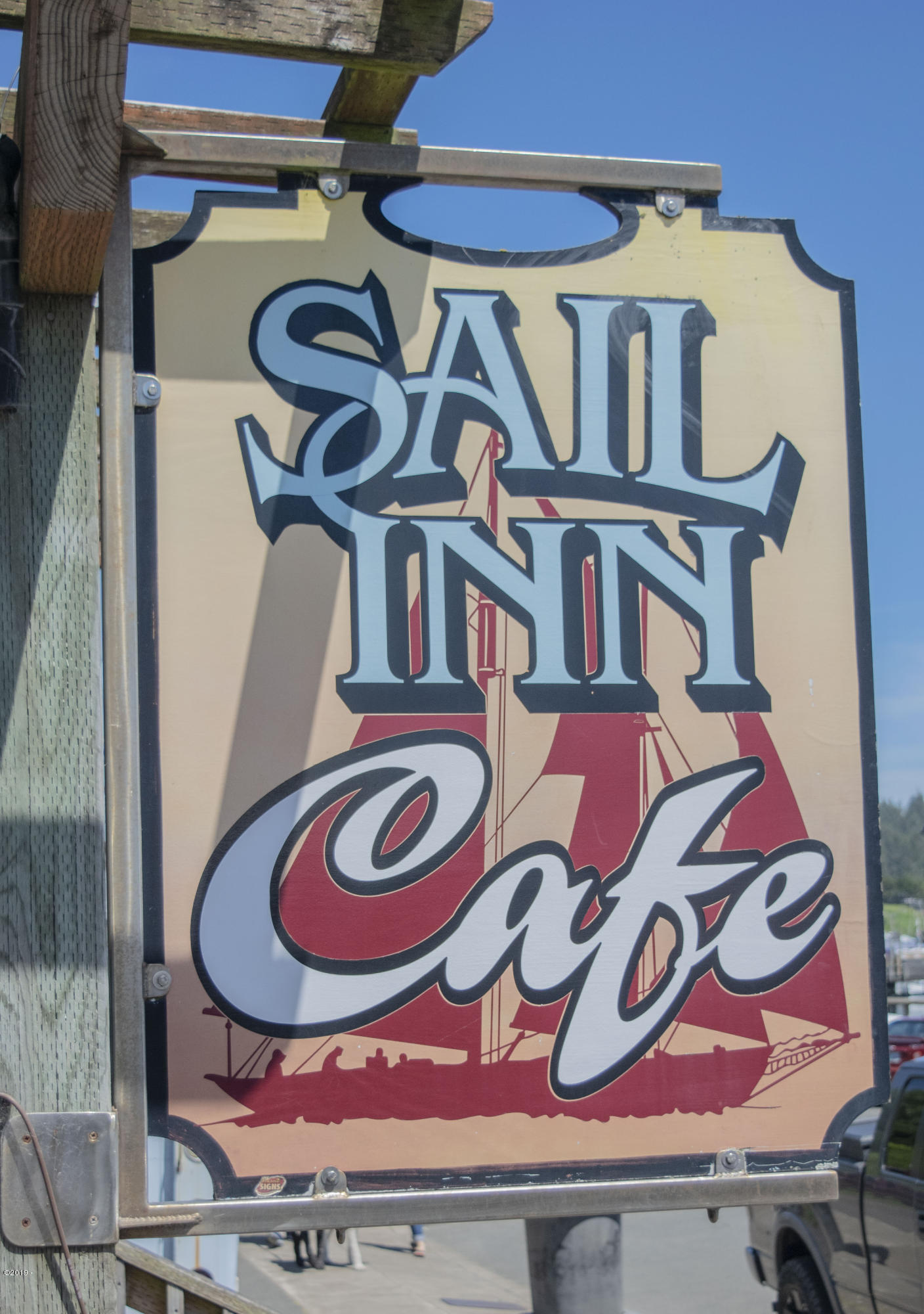 134 SW Bay Blvd, Newport, OR 97365 - Sail Inn 5