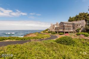 510 SW Spindrift, Depoe Bay, OR 97341 - Oceanfront wonder: 510 SW Spindrift
