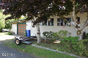 345 SW Pacific View St, Waldport, OR 97394