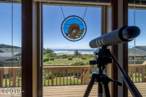 985 NW Lanai Loop, Seal Rock, OR 97376 - VIEW fromLiving:Dining
