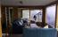 2937 SW Anchor Ct, Lincoln City, OR 97367 - Living room