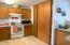 1775 NE 13th St, Lincoln City, OR 97367 - Kitchen