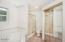 1725 NE 15th St, Lincoln City, OR 97367 - Master Bath - View 2