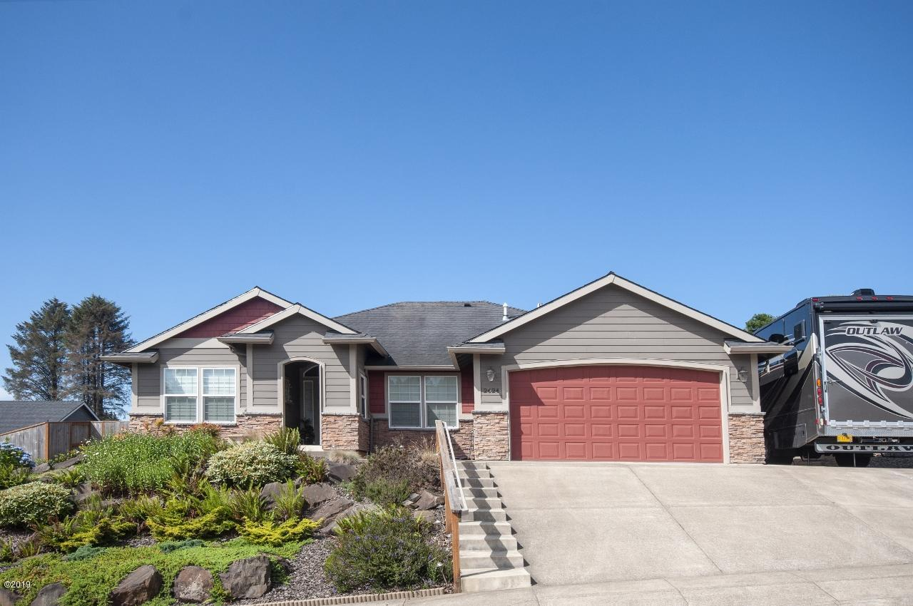 2624 55th Pl, Lincoln City, OR 97367