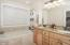 2624 55th Pl, Lincoln City, OR 97367 - Master Bath - View 1 (1280x850)
