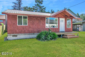34675 Third St, Pacific City, OR 97135 - 5