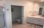 5916 SW Cupola, Newport, OR 97366 - Upstairs Bath