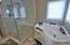 465 SW Edgewater, Depoe Bay, OR 97341 - Jetted Tub
