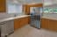 416 NW 19th St, Newport, OR 97365 - Kitchen