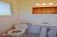 1031 NE Fogarty St, Newport, OR 97365 - Master bedroom