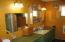 990 Skyline Drive, Tillamook, OR 97141 - Bath