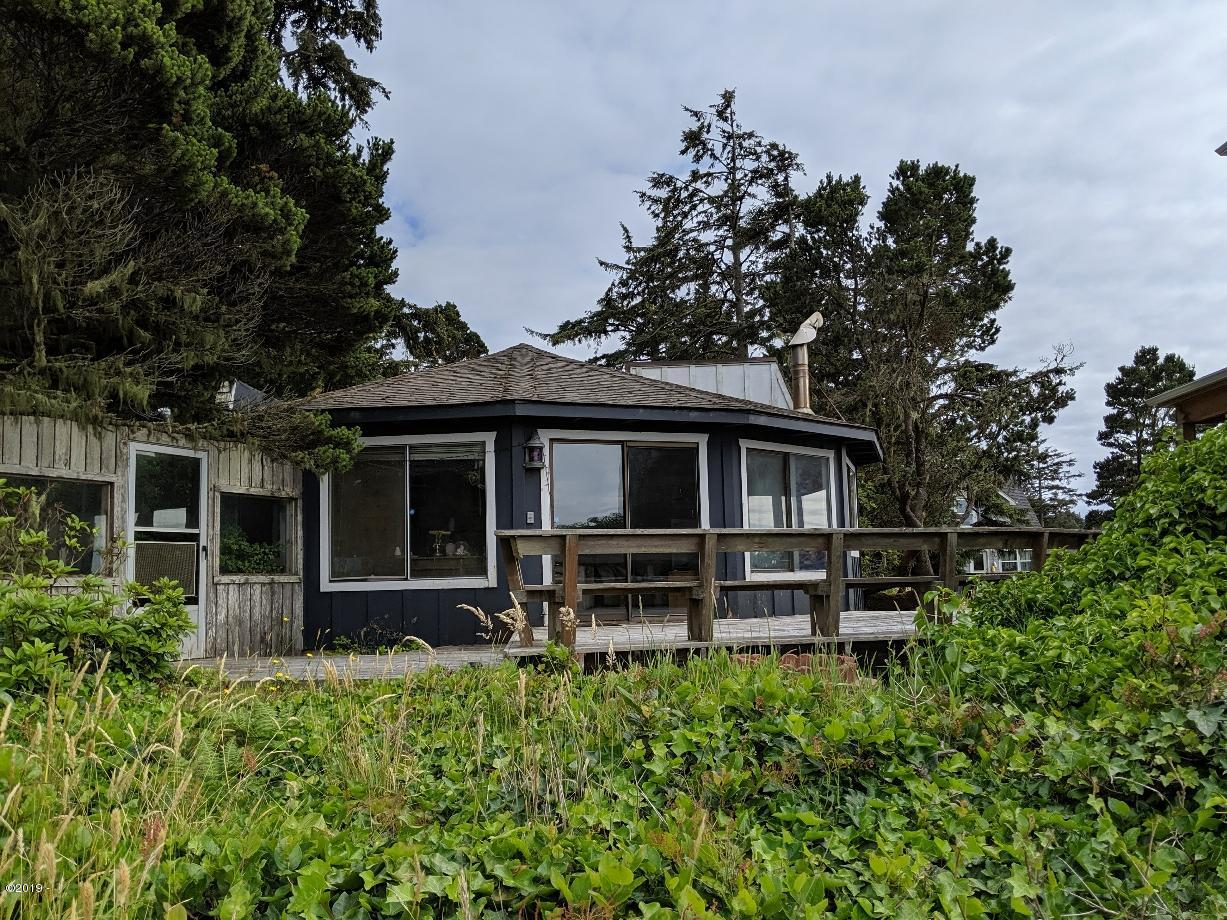 344 SW 29th St, Newport, OR 97365 - 1