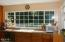 425 NE Edgecliff Dive, Waldport, OR 97394 - Kitchen