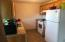 630 SW Fall St, UNIT # D, Newport, OR 97365 - Kitchen