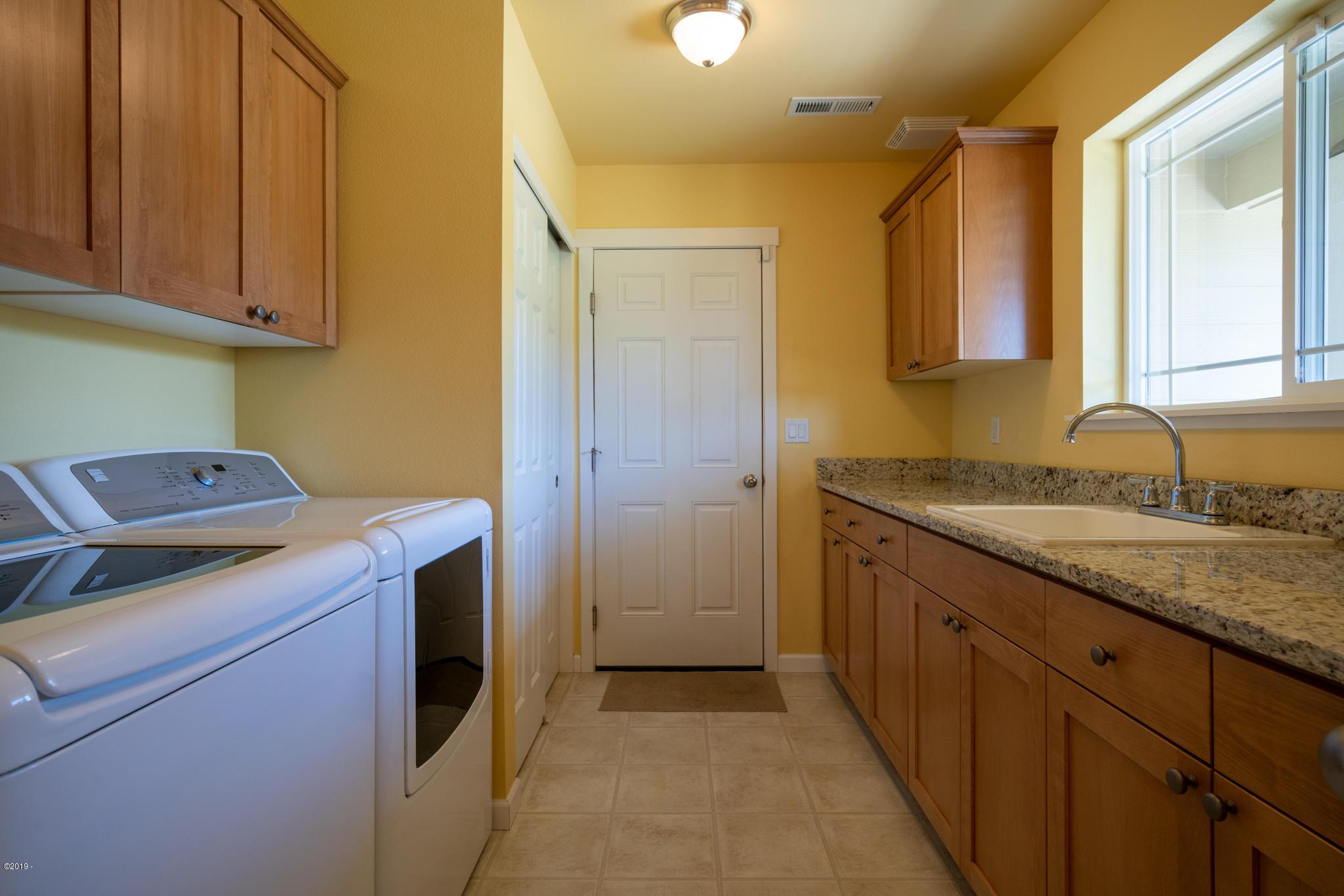 422 Gibson Lane, Logsden, OR 97357 (MLS:19-1735) | Doretta