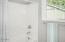 1270 Meadow Lane, Depoe Bay, OR 97341 - 2nd floor bathroom