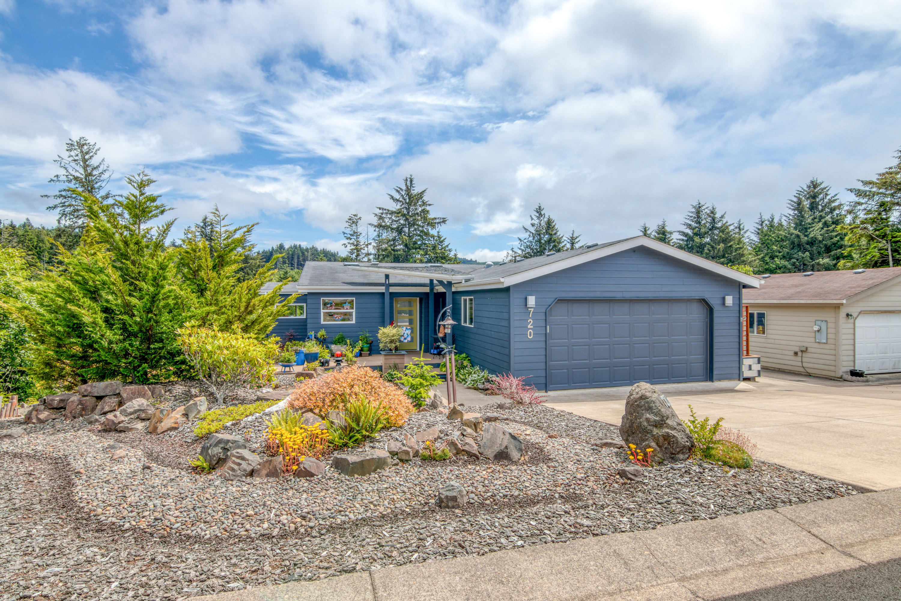 720 SE Winchell Dr, Depoe Bay, OR 97341 - Spectacular location
