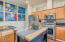 720 SE Winchell Dr, Depoe Bay, OR 97341 - Gas range with built in microwave