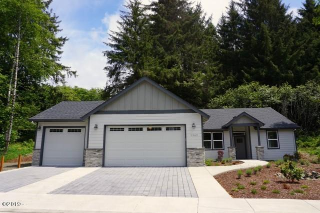 2943 NE 61st Place, Lincoln City, OR 97367