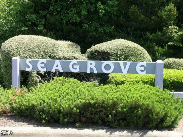 50 Beaver Tree Ln, Lincoln City, OR 97367 - Entrance