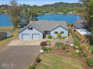 3344 NE Johns Loop, Neotsu, OR 97364 - Drone Overview-Home