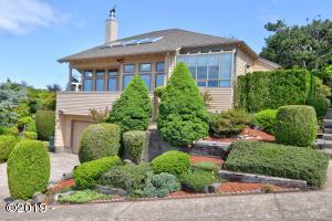 238 SE View Dr., Newport, OR 97365