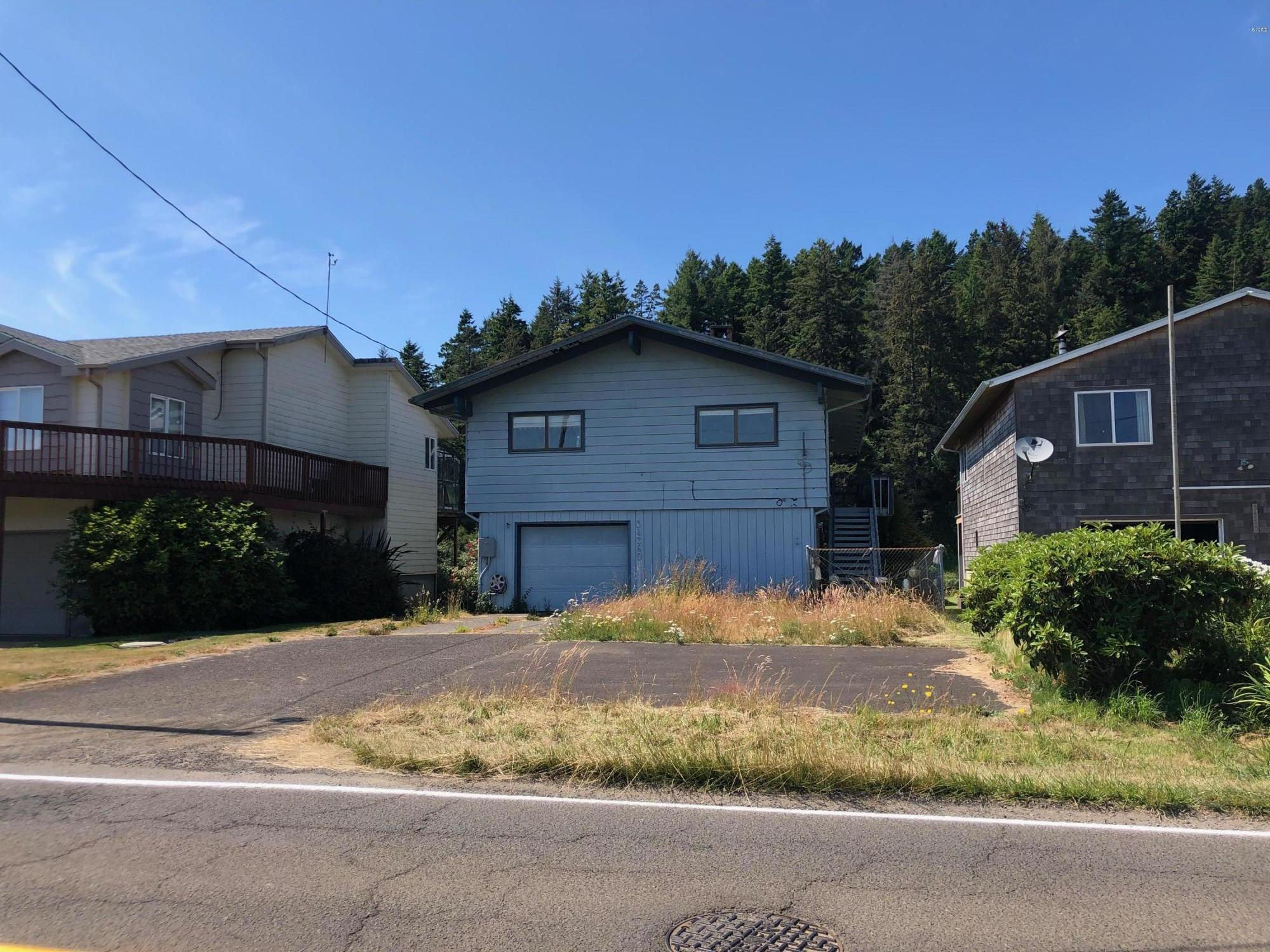 34260 Brooten Rd, Pacific City, OR 97135 - Front Exterior