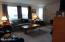 242 SE Mast Avenue, Lincoln City, OR 97367 - Living room