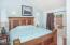 2207 NE 28th St, Lincoln City, OR 97367 - Master Bedroom