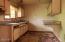 1079 Crystal Creek Lp, Toledo, OR 97391 - Kitchen