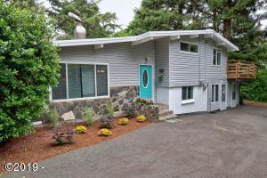 7149 SW Abalone, South Beach, OR 97366 - Front of House