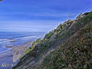 3900 BLOCK South US-101, Lincoln City, OR 97367 - View looking North