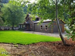 429 E Evans Dr, Tidewater, OR 97390 - Home with views