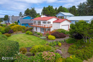 960 NW Estate Dr, Seal Rock, OR 97376 - West side of Home