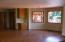 725 NE 8th St, Newport, OR 97365 - Dinette area