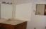 725 NE 8th St, Newport, OR 97365 - #2 bath