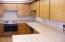 725 NE 8th St, Newport, OR 97365 - Kitchen