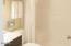 171 SW Hwy 101, 115, Lincoln City, OR 97367 - Bathroom