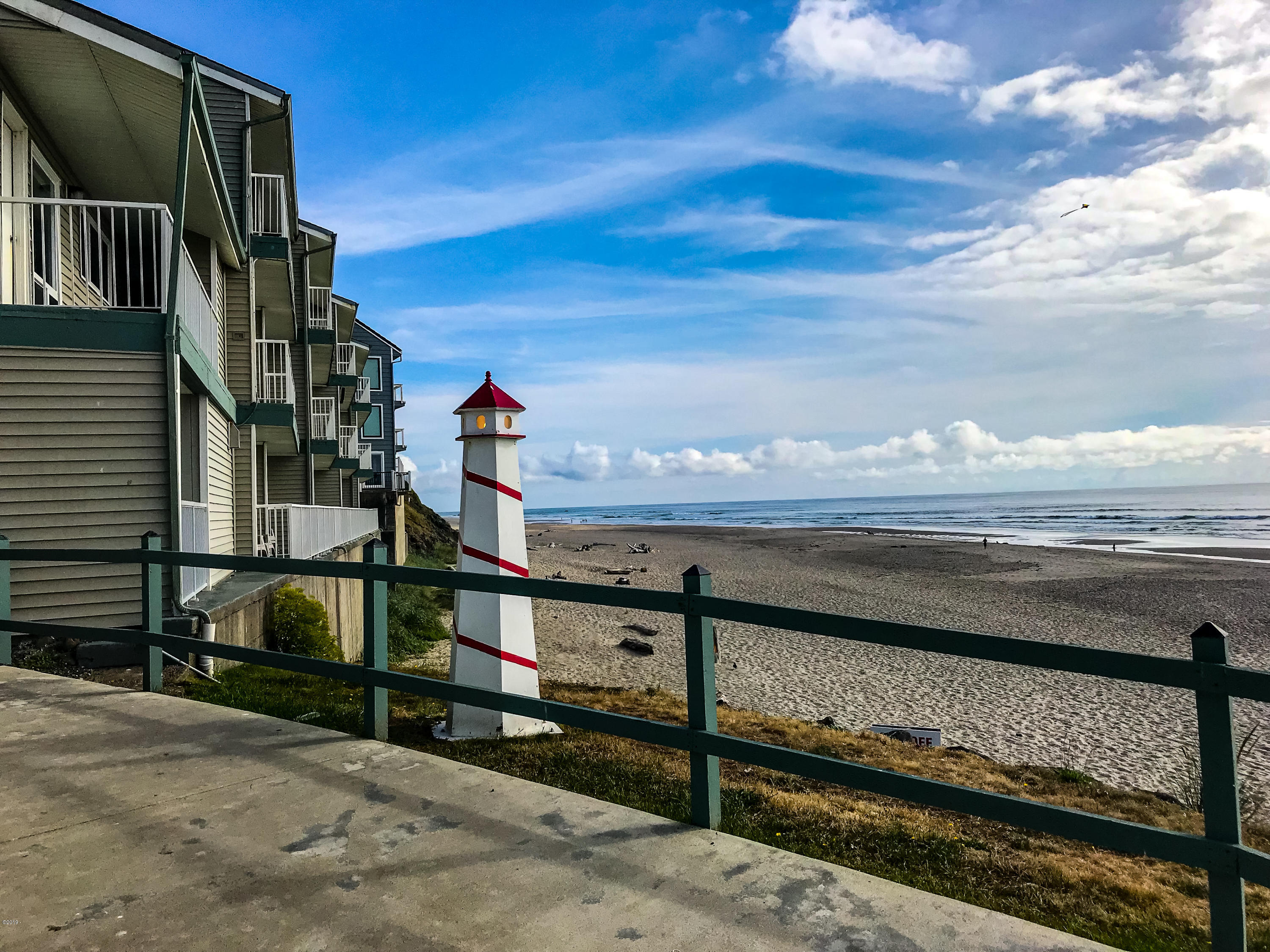 171 SW Hwy 101, 115, Lincoln City, OR 97367 - Gorgeous Oregon Coast view