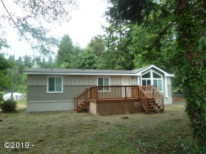 2505 N Chinook Ln, Otis, OR 97368 - Front view of home