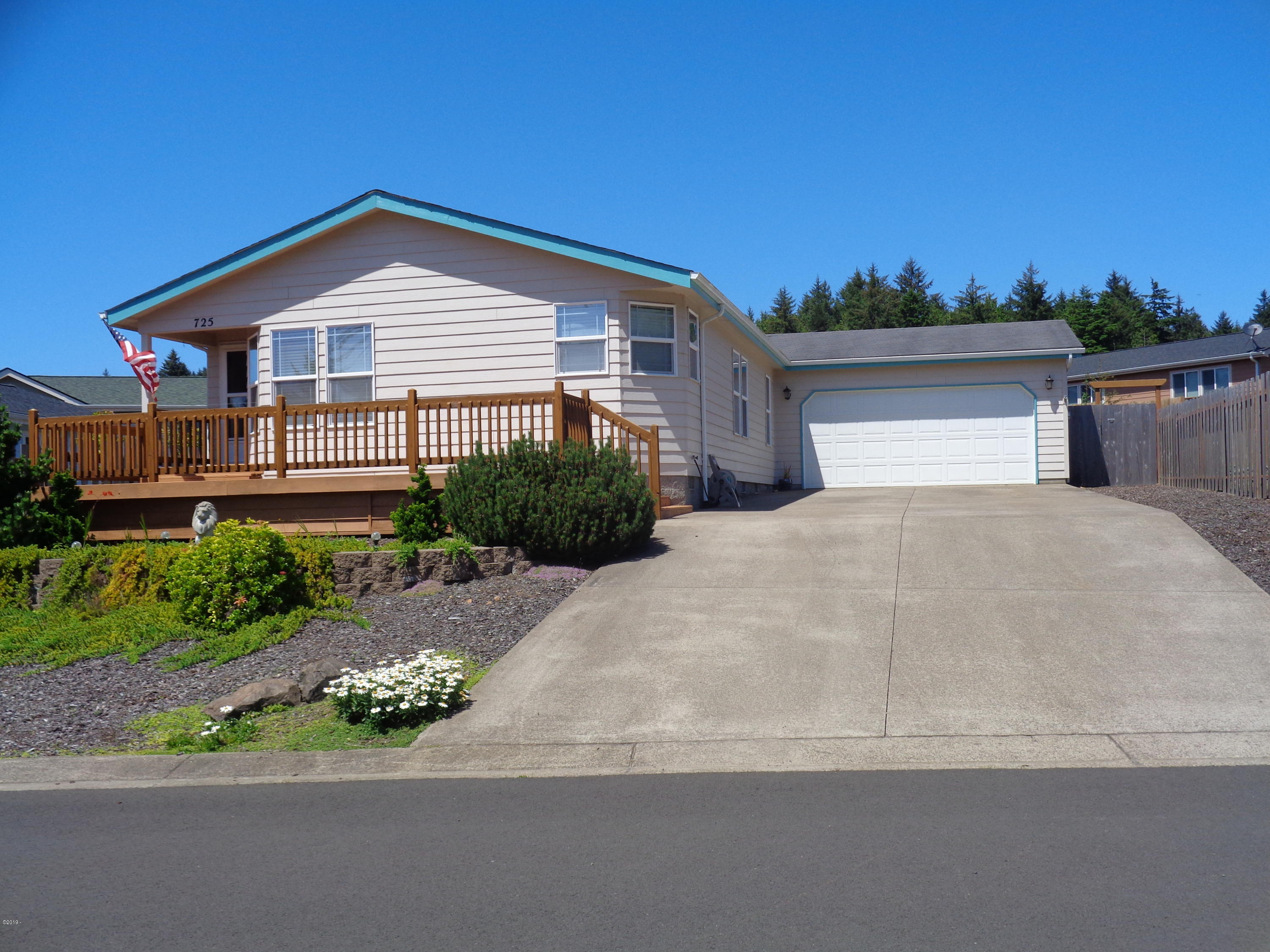 725 SE Winchell Drive, Depoe Bay, OR 97341 - Front Elevation