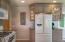 72 SE 143rd St, South Beach, OR 97366 - Jenn Aire Gas Stove