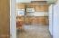 215 SW Hwy 101, Waldport, OR 97394 - Unit 4 kitchen