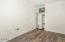 5930 Palisades Dr, Lincoln City, OR 97341 - Laundry room
