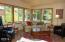 204 Bain Dr E, Tidewater, OR 97390 - Living Room