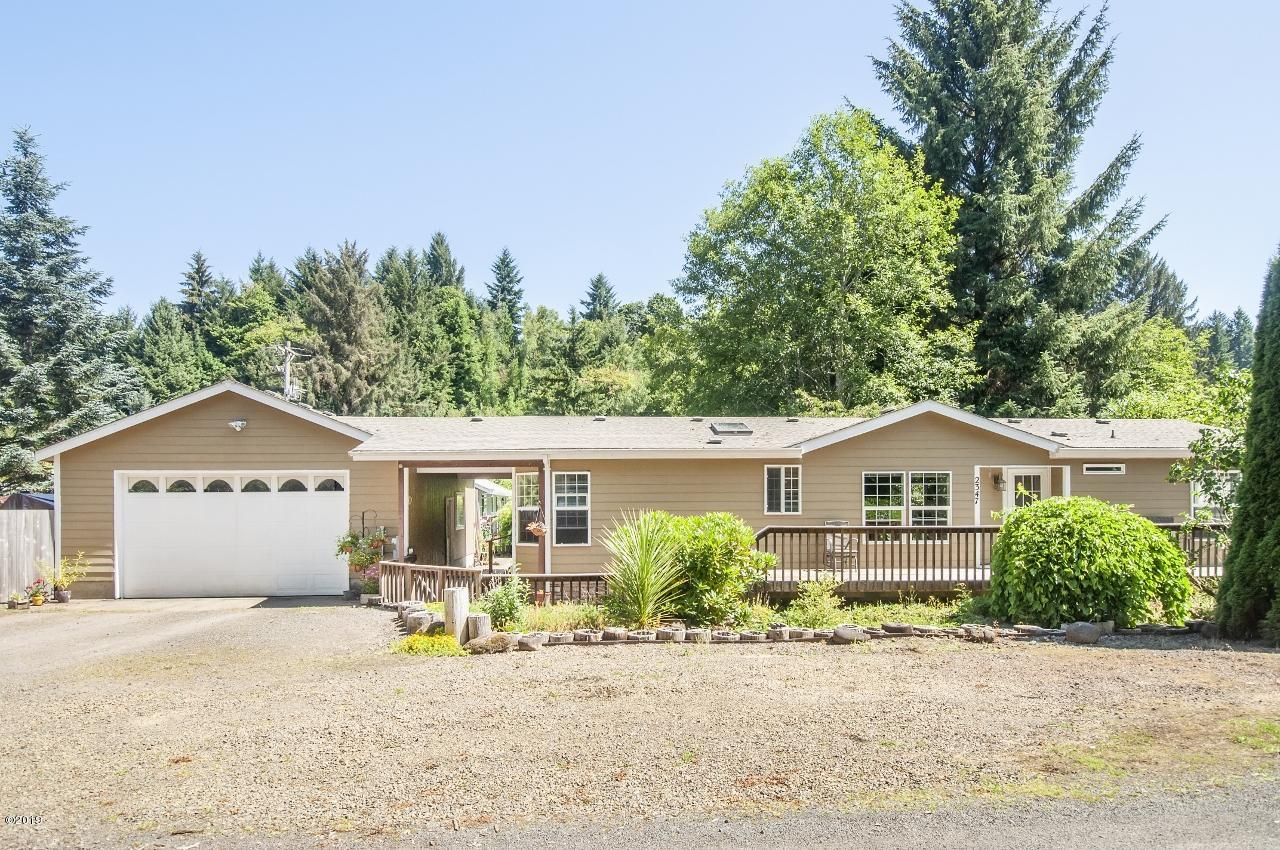 2347 N Chinook Ln, Otis, OR 97368 - Curb Appeal