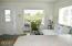 4875 N Hwy 101, L-26, Depoe Bay, OR 97341 - Living room