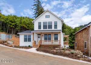 730 NE Lillian Ln, Depoe Bay, OR 97341 - Oceanview Home